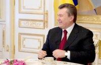 Президенты Литвы и Туркменистана поздравили Януковича в телефонном режиме