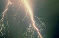 В Індії від ударів блискавок загинули 65 осіб