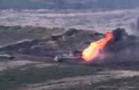 Міноборони Вірменії та Азербайджану опублікували відео з місця боїв на кордоні (оновлено)