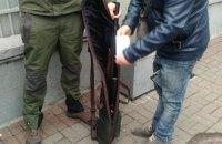 Возле Рады задержали мужчину с винтовкой, Соболев назвал его провокатором