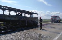 """Автобус """"Сарны-Киев"""" сгорел дотла в Житомирской области"""