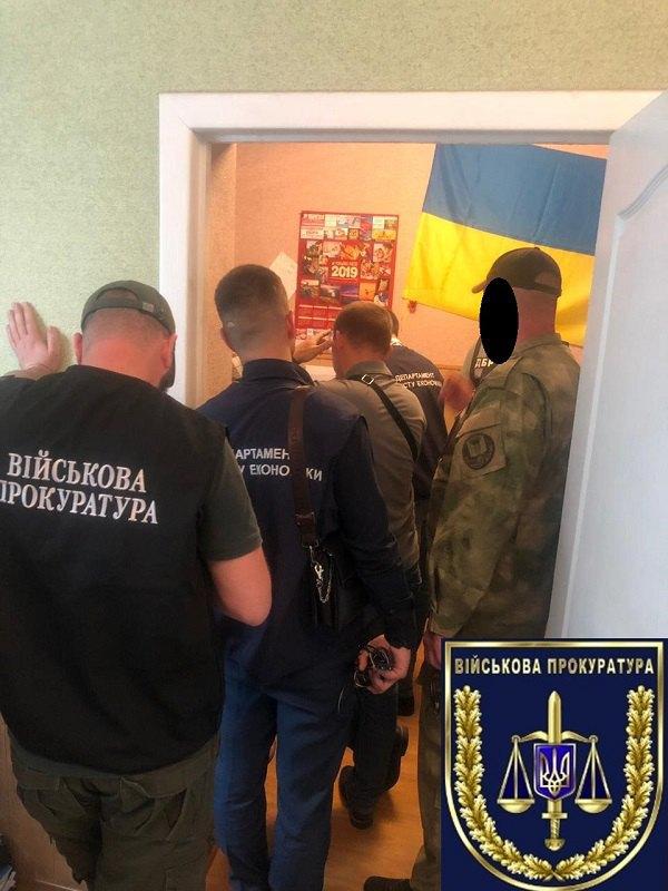 Замвоенкома в Мелитополе попался на взятке в 29 тысяч гривен