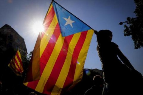 В Каталонии полиция изъяла 1,3 млн брошюр и плакатов в поддержку референдума о независимости