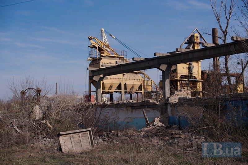 Заброшенный завод в окрестностях Рубежного