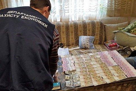 Чиновники КМДА за три роки привласнили 15 мільйонів гривень