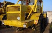 В Днепропетровской области, врезавшись в электроопору, погиб тракторист