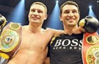 Льюис: Братья Кличко должны встретиться и выявить сильнейшего