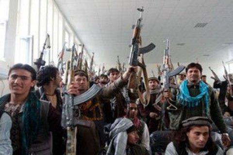 26 афганских военных убиты в результате атаки талибов на военную базу