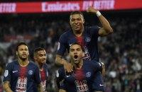 Футболісти ПСЖ в роздягальні влаштували заплив із шампанського, святкуючи перемогу в чемпіонаті