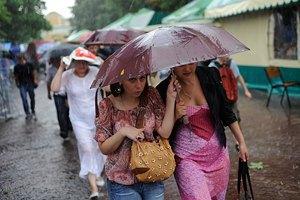 У понеділок вдень у Києві короткочасний дощ