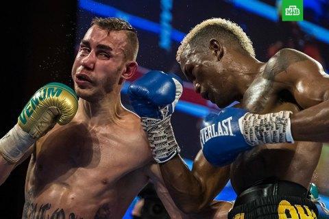 Російський боксер помер у США від травм після бою