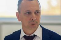 Советник премьера Юрий Голик продемонстрировал новую таможню