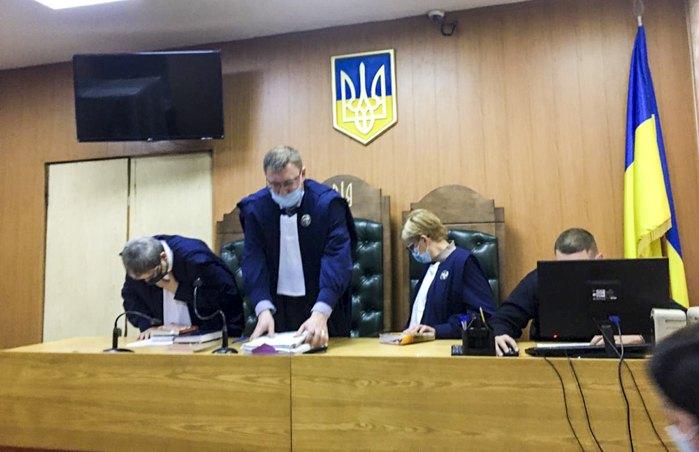 Судді бориспільського суду під час засідання у справі організації викрадення і вбивства Юрія Вербицького та викрадення Ігоря Луценка.