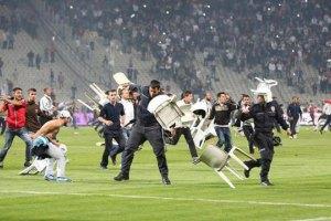 Стамбульская полиция арестовала 70 фанатов-радикалов
