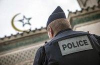 Прокуратура Франции подтвердила, что убийство учителя в пригороде Парижа совершил беженец из России