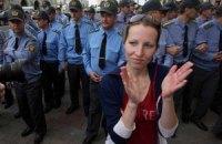 В Минске задерживают участников безмолвной акции протеста