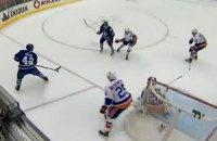 "НХЛ: ""Калгари"" победил ""Бостон"", проигрывая 0:3"