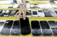 """В Україні зростає кількість """"сірих"""" телефонів"""