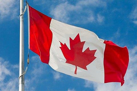 Канада предлагает предоставить оружие Киеву— Канада, оружие, Украина