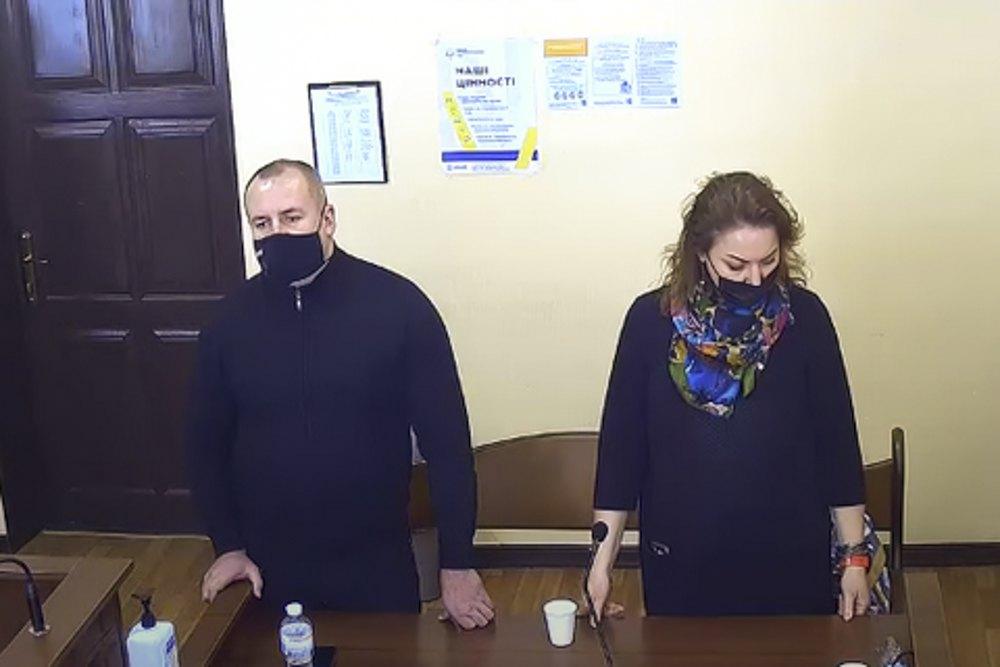 Надія Конопкіна з адвокатом в суді