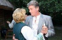 БТРом у резиденции Ахметова Ющенко выбивал деньги для своей семьи - Москаль