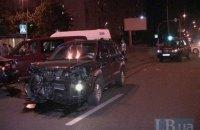 У Києві п'яний водій позашляховика протаранив легковик і втік
