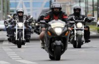 Езда на мотоцикле приводит к потере слуха