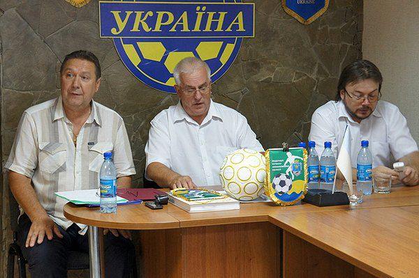 Встреча Конькова с членами исполкома областной федерации футбола в Николаеве.