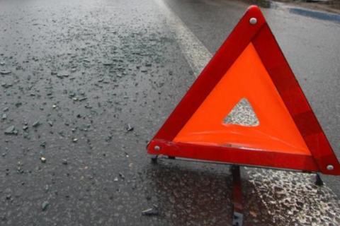 В Винницкой области БТР столкнулся с легковым авто
