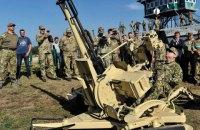 Турчинов принял участие в испытании новых украинских беспилотников, оружия и техники