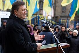 Янукович: коррупция в одесских портах уничтожает бизнес