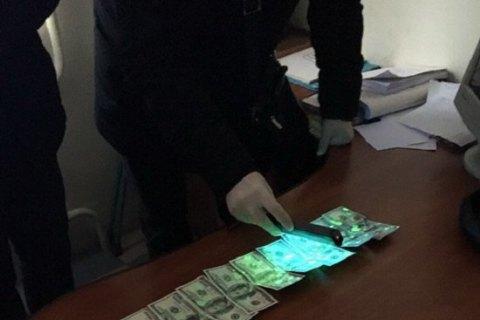 Во Львове при получении взятки задержан врач Академии сухопутных войск