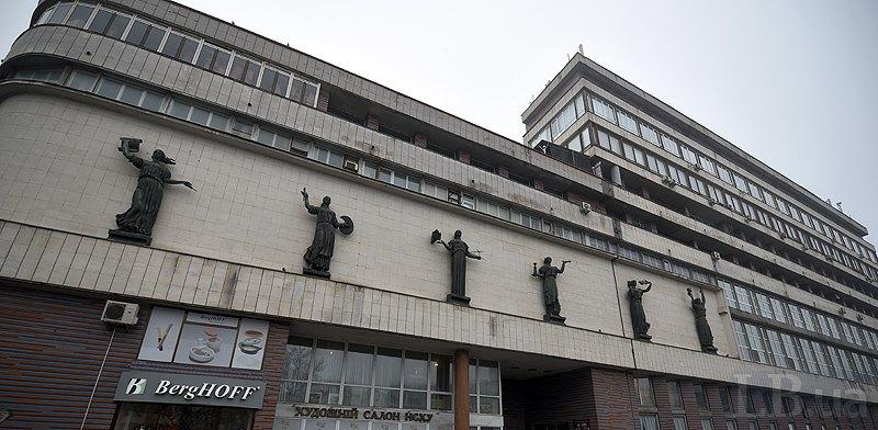 Будинок художника на Львівській площі