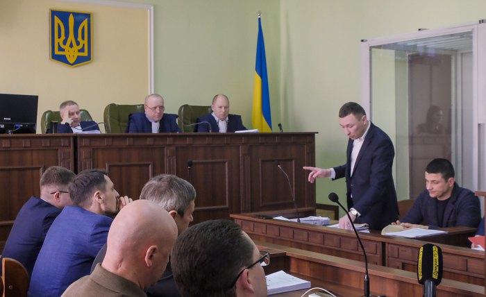 Захисник Сергій Лисенко з промовою