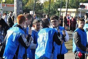 На Луганскую власть подали в суд за использование школьников на митингах ПР