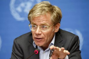 ВОЗ пообещала вакцину от лихорадки Эбола после весны 2015 года