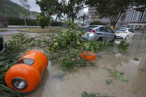 У Гонконгу потужний шторм