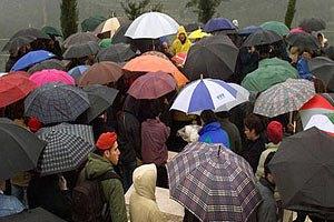 Завтра в Киеве дожди, до +25