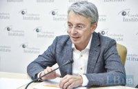 Міністр культури публічно вакцинувався проти ковіду