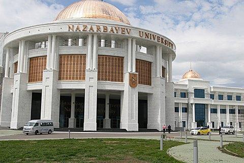Росія витурила голландського професора з казахстанського ВНЗ через Україну