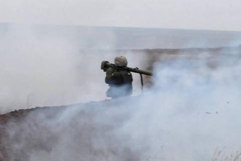 Боевики продолжают обстрелы в районе Светлодарской дуги