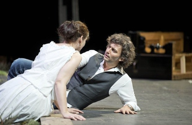 Фото с репетиции постановки Лоэнгрина в Ла Скала