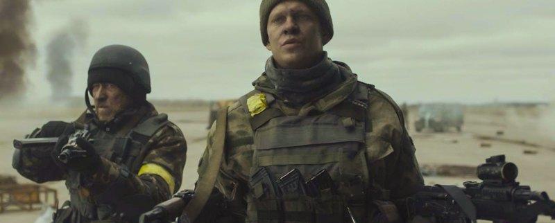 Кадр із фільму 'Кіборги'