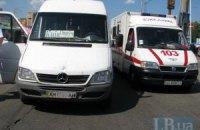 У Києві на проспекті Палладіна маршрутка збила жінку