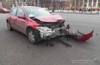 ДТП в Киеве: Renault протаранил Skodа