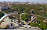 Кличко опублікував відео нового пішохідного мосту над Володимирським узвозом