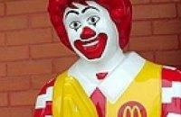 Депутаты хотят заставить «Макдоналдс» заменить клоунов на стенды об ожирении