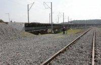 Подросток погиб из-за удара током на железной дороге в Киеве