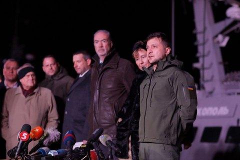 Зеленский заявил, что за международные отношения отвечает он, а не Коломойский