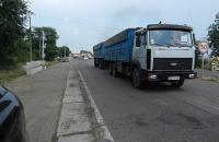 Киев ограничит движение грузового транспорта из-за жары